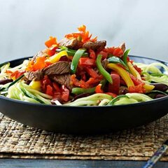 Beef-and-Peppadew-Mild-Piquanté-Peppers-chopped-in-black-bean-sauce-240x240